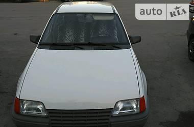 Opel Kadett 1987 в Полтаве