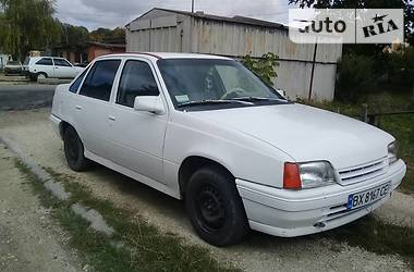 Opel Kadett 1986 в Белогорье