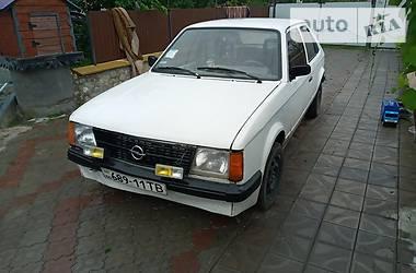 Opel Kadett 1980 в Лановцах