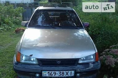 Opel Kadett 1987 в Теофиполе