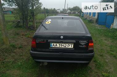 Opel Kadett 1990 в Мурованых Куриловцах