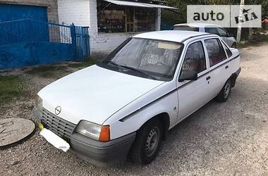 Opel Kadett 1986 в Запорожье