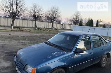 Opel Kadett 1987 в Монастырище