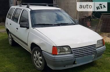 Opel Kadett 1990 в Любомле