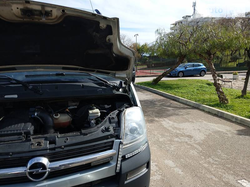 Opel Movano пасс. 2005 в Полтаве