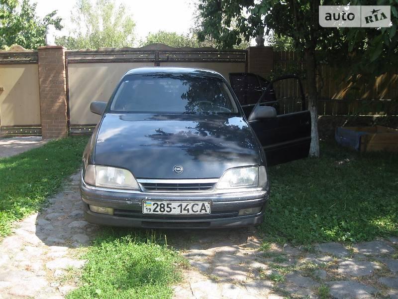 Opel Omega 1991 в Ромнах