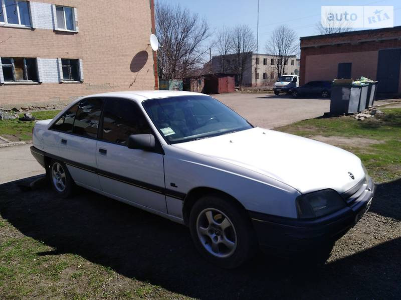 Opel Omega 1989 в Шполі