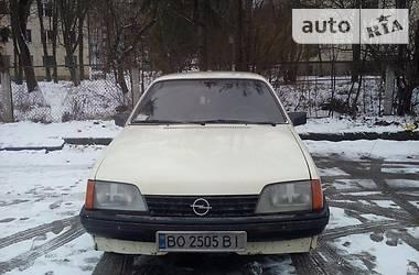 Opel Rekord 1985 в Тернополі