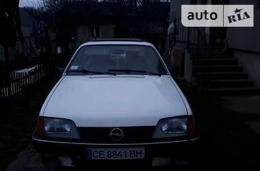 Opel Rekord 1986 в Черновцах