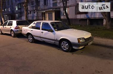 Opel Rekord 1985 в Харкові