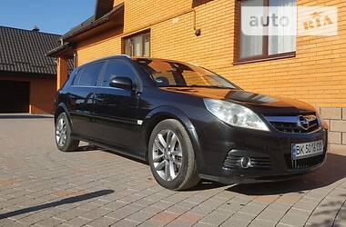 Opel Signum 2006 в Сарнах