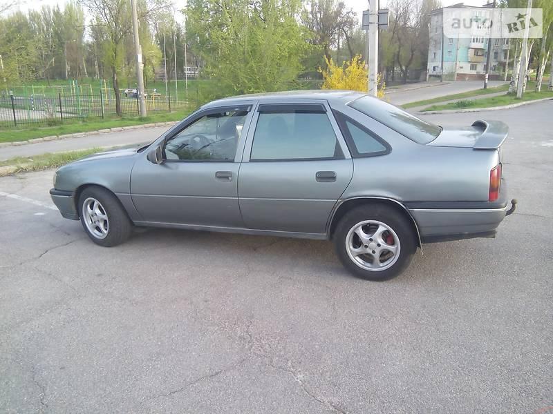Opel Vectra A 1991 в Запорожье
