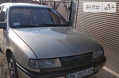 Opel Vectra A 1990 в Полонном