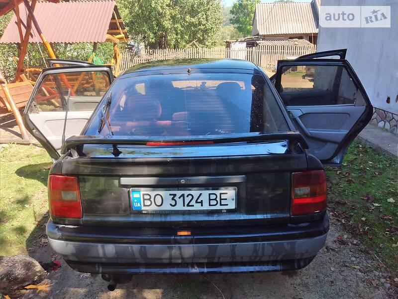 Opel Vectra A B