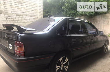 Седан Opel Vectra A 1991 в Львове