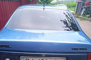 Седан Opel Vectra A 1989 в Гадячі