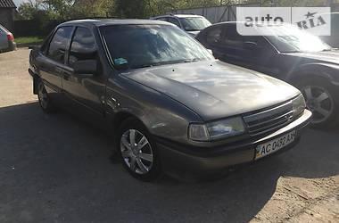 Opel Vectra B 1990 в Луцке