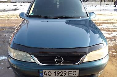 Opel Vectra B 2001 в Рахове