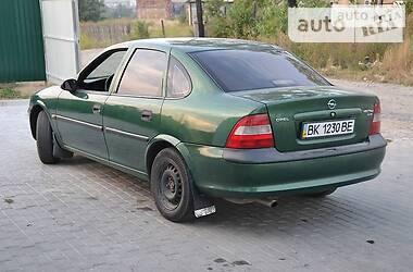 Седан Opel Vectra B 1997 в Рокитному