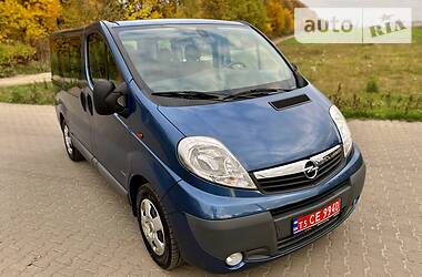 Opel Vivaro пасс. 2013 в Ровно