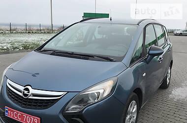 Opel Zafira Tourer 2014 в