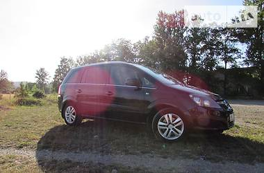 Opel Zafira 2011 в Надворной