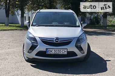 Opel Zafira 2015 в Дубні