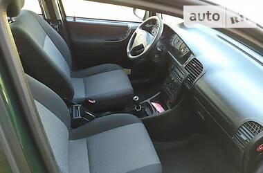 Opel Zafira 2003 в Каменском