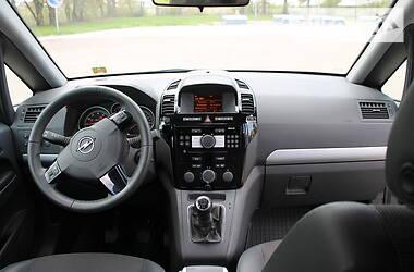 Универсал Opel Zafira 2009 в Сумах