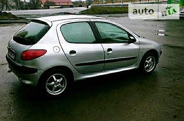 Peugeot 206 2002 в Луцке