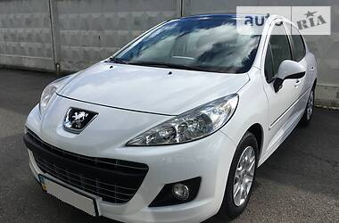 Peugeot 207 2012 в Киеве