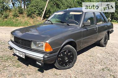 Седан Peugeot 305 1987 в Млиніві