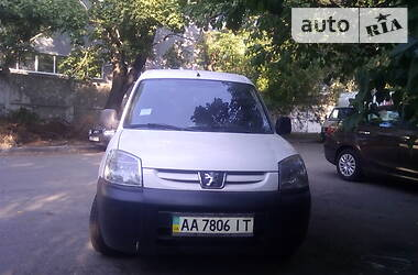 Peugeot Partner пасс. 2006 в Киеве