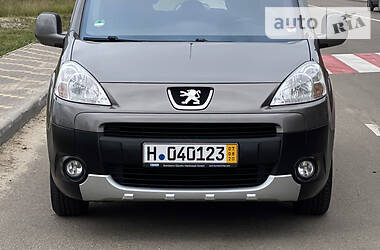 Peugeot Partner пасс. 2009 в Києві