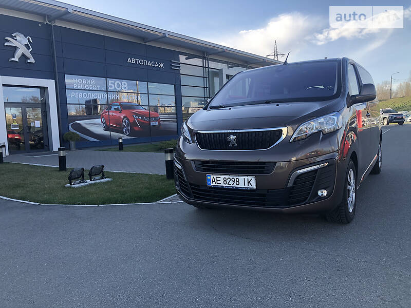 Мінівен Peugeot Traveller 2017 в Києві