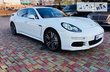 Porsche Panamera 4S Executive Long 2013