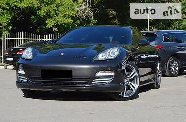 Porsche Panamera 2012 в Одессе