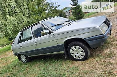 Renault 11 1986 в Черновцах