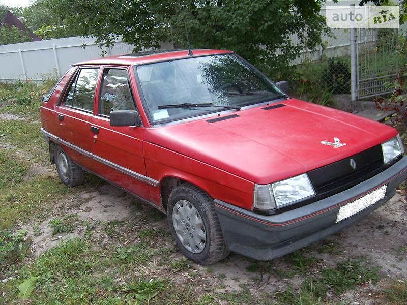 Renault 11 1987 в Золочеве