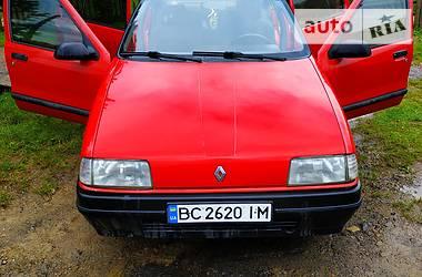 Renault 19 Chamade 1989 в Славском
