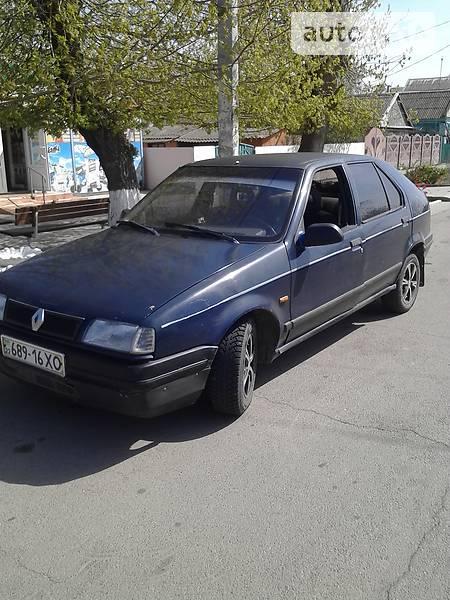 Renault 19 1991 року