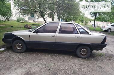 Renault 21 1988 в Смеле
