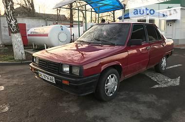 Renault 9  1986