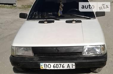 Renault 9 1987 в Зборове
