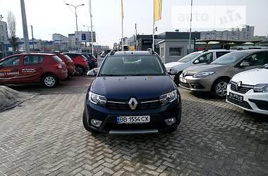 Хэтчбек Renault Sandero 2017 в Умани