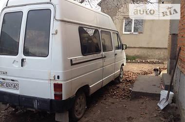 Renault Trafic пасс. 1989 в Львове