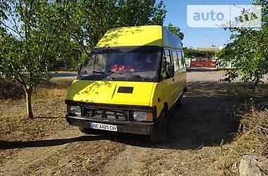 Renault Trafic пасс. 1988 в Вознесенске