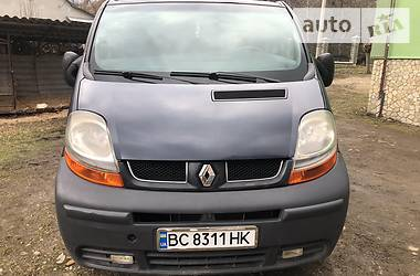 Renault Trafic пасс. 2003 в Старом Самборе