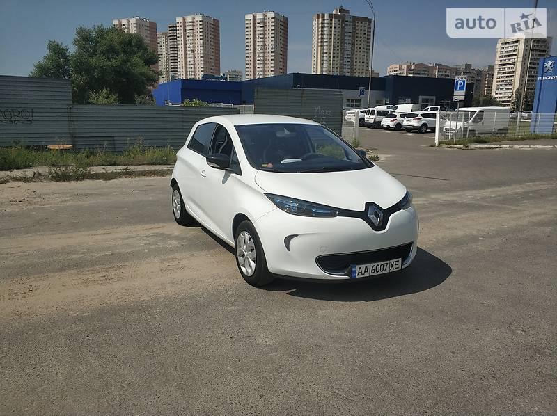 Хетчбек Renault Zoe 2015 в Києві