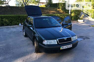 Skoda Octavia Tour 2002 в Бучаче